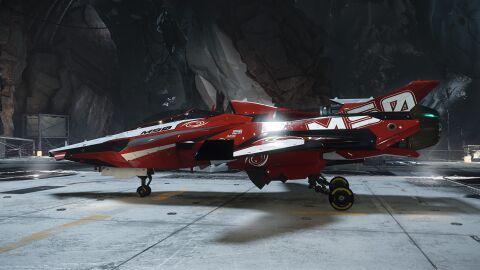 ORIG M50 gelandet im Hangar.jpg